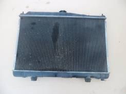 Радиатор охлаждения двигателя. Nissan Laurel, 35