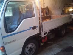 Isuzu Elf. Прожается грузовик, 4 300 куб. см., 2 500 кг.