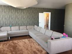 4-комнатная, проспект Океанский 101а. Первая речка, частное лицо, 146 кв.м. Комната