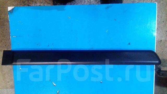 Накладка на боковую дверь. Mitsubishi Montero Sport, K90 Mitsubishi Pajero Sport, K90 Двигатель 6G72
