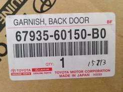 Накладка на дверь багажника. Lexus LX450d Lexus LX570