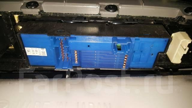 Блок управления стеклоподъемниками. Subaru Forester, SG5, SG9, SG9L