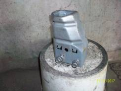 Кронштейн усилителя бампера. Nissan Primera, WQP11 Двигатель QG18DE