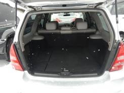 Уплотнитель двери багажника.