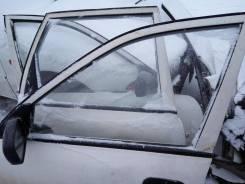 Стекло боковое. Nissan Avenir, VENW10, W10, PNW10, VEW10, PW10, VSW10, SW10 Nissan AD, VSNY10, WEY10, VSY10, VFGY10, MVY10, VSGY10, WFNY10, VEY10, WFY...