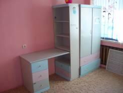 Шкафы платяные.