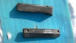 Крышка двигателя. Chevrolet Tracker Suzuki Grand Vitara, 3TD62 Suzuki Escudo, TD62W Двигатель H25A