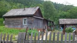 Продается дом в Кавалеровском районе. Ул.Космодемьянская, д.20, р-н пгт Хрустальный, площадь дома 48 кв.м., скважина, электричество 10 кВт, отопление...