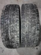 Dunlop SP Winter ICE 01. Зимние, шипованные, 2015 год, износ: 40%, 2 шт