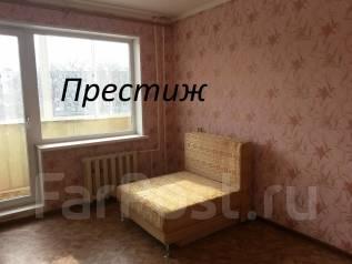 3-комнатная, улица Адмирала Угрюмова 3. Пригород, агентство, 60 кв.м. Комната