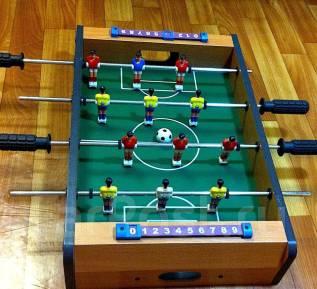 Настольный футбол.