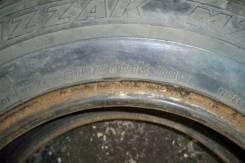 Bridgestone Blizzak MZ-01. Зимние, без шипов, износ: 60%, 2 шт