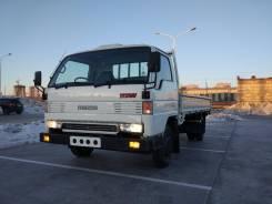 Mazda Titan. Продам Мазда Титан 3-х тонник. Длиномер. Широкая Кабина, 3 500 куб. см., 3 000 кг.