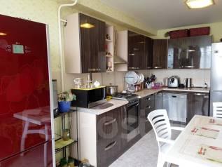 3-комнатная, улица Владимирская 143к1. 3б, агентство, 95 кв.м.