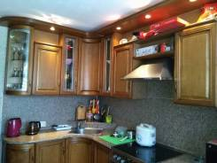 Кухни встроенные.