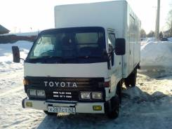 Toyota Dyna. Toyota dyna, 3 700 куб. см., 2 000 кг.