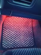 Коврик. Nissan Primera