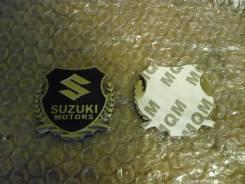 Эмблема. Suzuki Liana