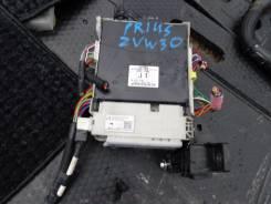 Блок управления. Toyota Prius a, ZVW41, ZVW40, ZVW40W, ZVW41W Toyota Prius, ZVW35, ZVW30L, ZVW30, ZVW40, ZVW40W, ZVW41, ZVW41W Двигатель 2ZRFXE