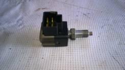 Концевик под педаль тормоза. SsangYong Actyon, CJ Двигатели: D20DT, G23D