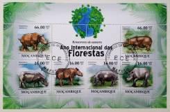 2011 Мозамбик. Носороги. Блок. Гашеный