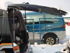 Уплотнитель двери багажника. Mitsubishi Delica, P25W, P35W Двигатель 4D56