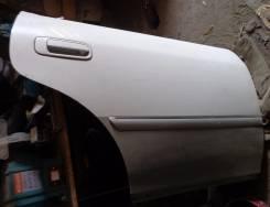 Дверь правая задняя Toyota Mark II gx100 jzx100 белый/серый