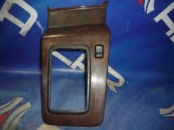 Пластик центр консоли АКПП с кнопкой