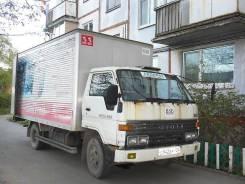 Toyota Dyna. Грузовик широкобазый, 3 660 куб. см., 3 000 кг.