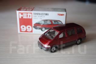 Модель Toyota Estima масштаб 1:64. Tomica Япония