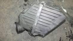 Корпус воздушного фильтра. Toyota Voxy, AZR65G Двигатель 1AZFSE