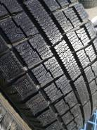 Toyo Garit G4. Зимние, без шипов, 2012 год, износ: 5%, 2 шт
