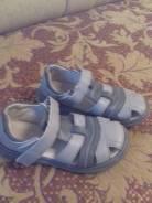 Детская обувь. 28