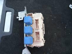 Блок предохранителей салона. Nissan Laurel, GC35 Двигатель RB25DE