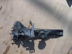 Планка радиатора. Nissan Laurel, HC35, GC35