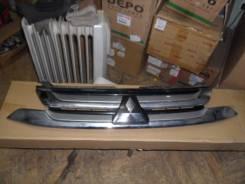 Решетка радиатора. Mitsubishi Outlander