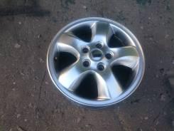 Hyundai Tucson. x16