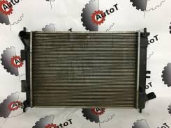 Радиатор охлаждения двигателя. Kia cee'd