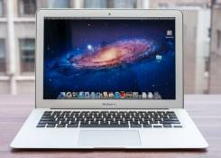 "Apple MacBook Air 11. 11"", 1,6ГГц, ОЗУ 4096 Мб, диск 128 Гб, WiFi, Bluetooth, аккумулятор на 6 ч."