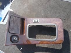 Консоль центральная. Nissan Laurel, HC35, GC35