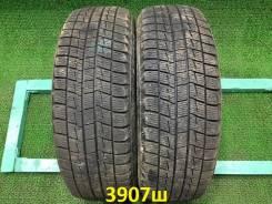 Bridgestone ST30. Зимние, без шипов, 2011 год, износ: 20%, 2 шт