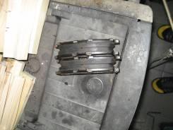 Колодка тормозная. Toyota Celsior, UCF10, UCF11 Lexus LS400, UCF10 Двигатель 1UZFE