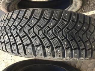 Michelin X-Ice North XIN2. Зимние, шипованные, износ: 10%, 2 шт