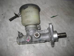 Цилиндр главный тормозной. Honda CR-X