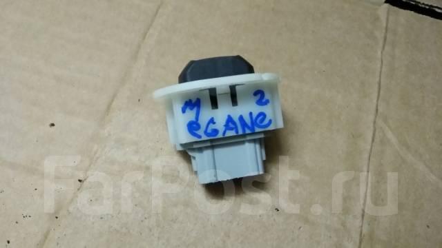 Кнопка стеклоподъемника. Renault Megane, KM, LM2Y, LM05, LM1A, BM Двигатели: F4R, K4M, K4J