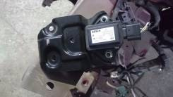 Датчик ускорения. Toyota Avensis, AZT250 Двигатель 2AZFSE