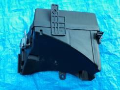 Крышка блока предохранителей. Subaru Legacy, BL5, BL9, BLE, BP5, BP9, BPE, BPH Subaru Outback, BP9 Двигатели: EJ203, EJ204, EJ20C, EJ20X, EJ20Y, EJ253...