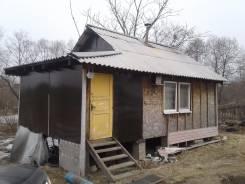 Продам дом с участком 10 соток. 1 000 кв.м., собственность, электричество, вода, от частного лица (собственник). Фото участка