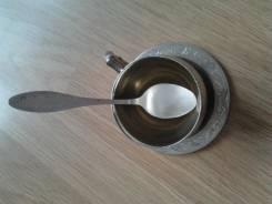 Старая кофейная пара(мельхиор )+ посеребряная мельхиоровпя ложка. Оригинал
