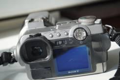 Sony Cyber-shot DSC-F707. 5 - 5.9 Мп, зум: 10х